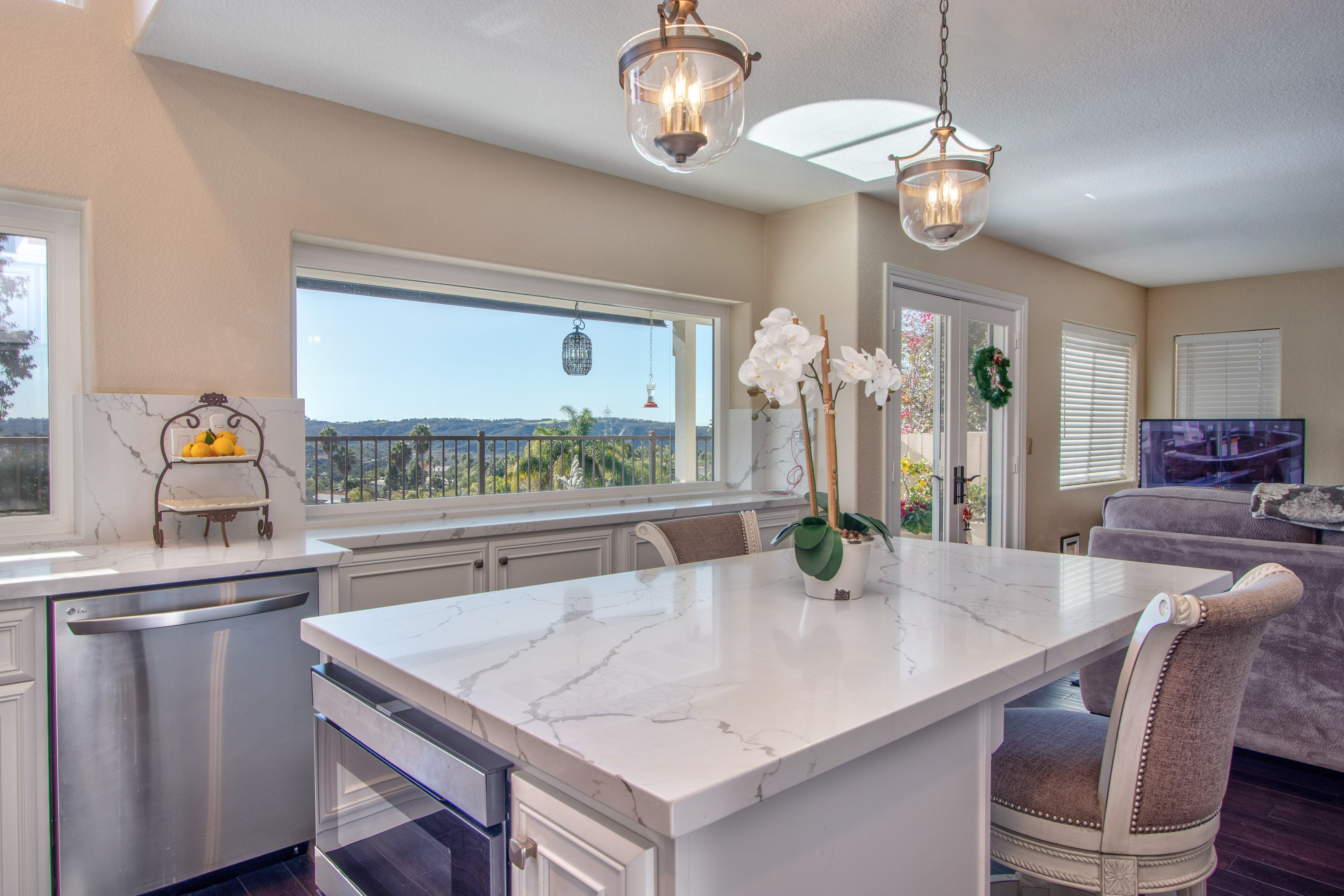 Carlsbad-Cabinet-Refacing-Project-14