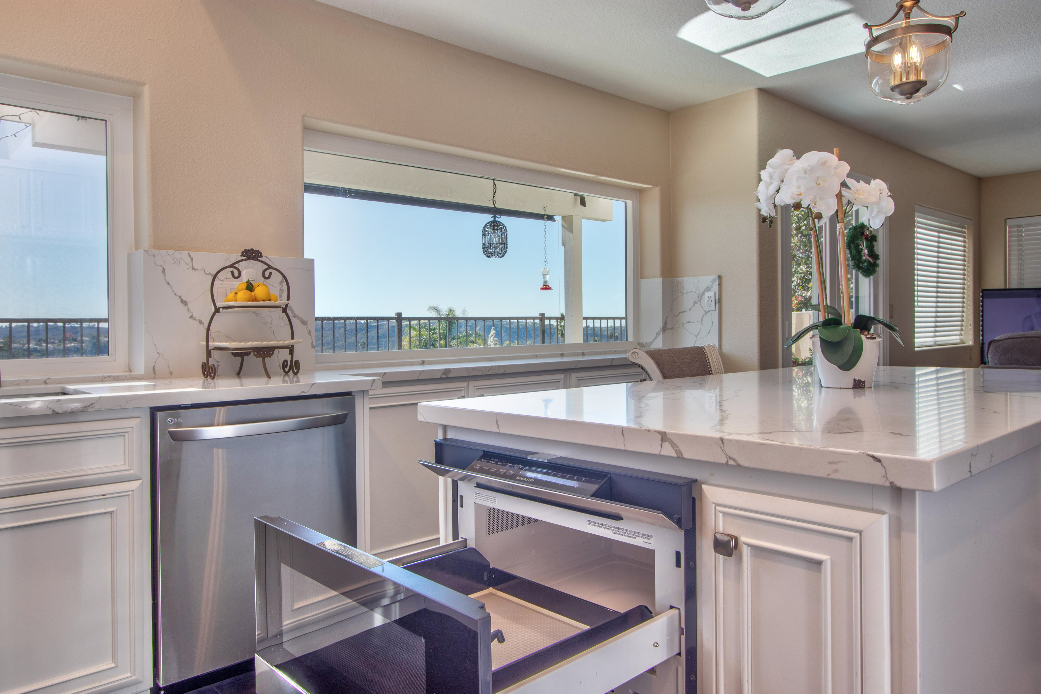 Carlsbad-Cabinet-Refacing-Project-15