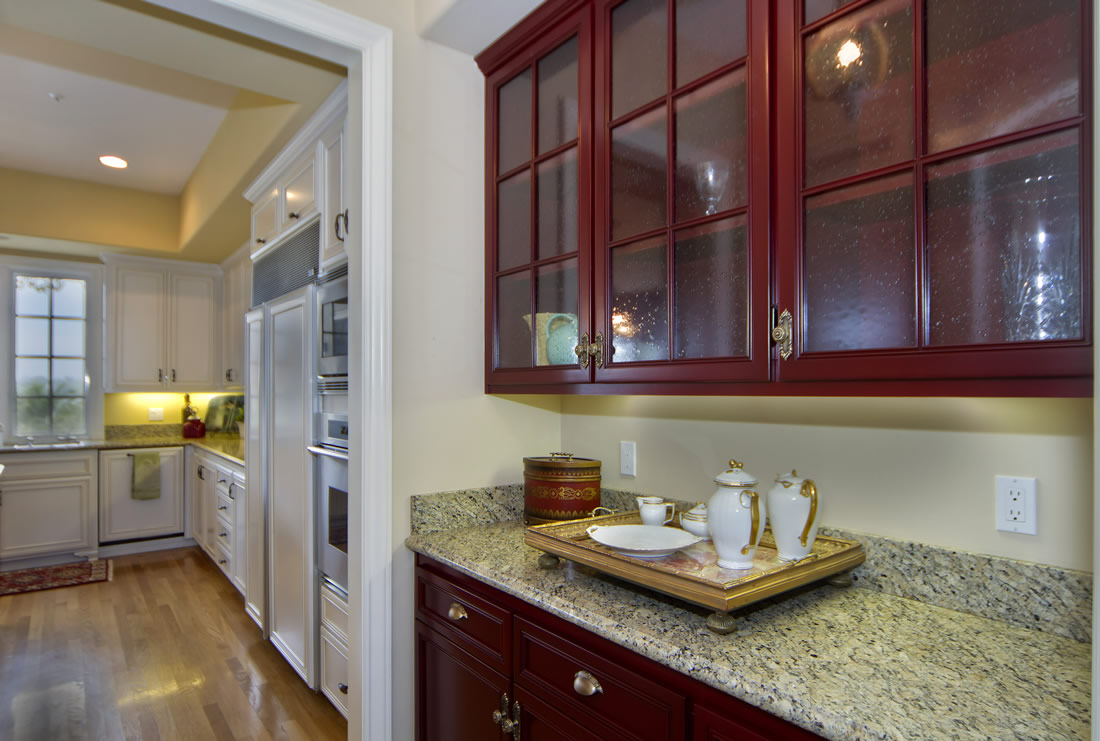 Kitchen cabinet refacing the cabinet refacing for Kitchen cabinets san diego